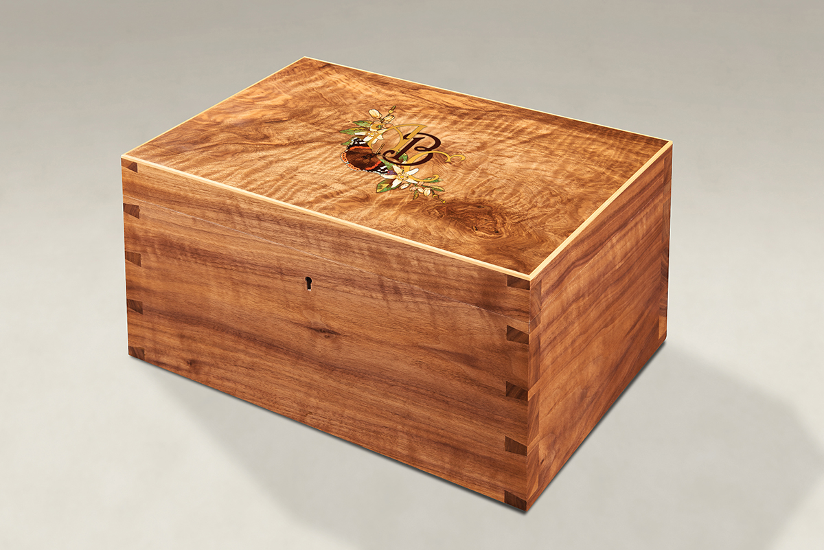 Distinguish Your Figured Walnut Dovetail Memory Boxes - Large